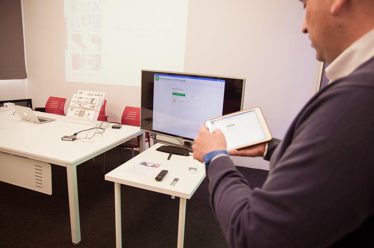ETS Inside Presentación SAPIENX